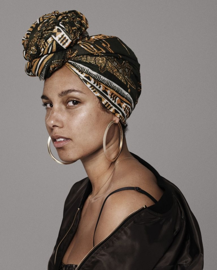 alicia-keys-a-decide-de-ne-plus-jamais-mettre-de-maquillage-4